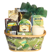 Deluxe Golf Gift Basket with assorted snacks and golf themed gifts.